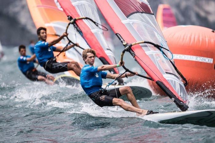 campeonato del mundo de windsurf torbole italia