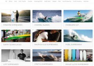 Imagen con algunas tablas de surf ecológicas que tienen la certificación de ecoboard